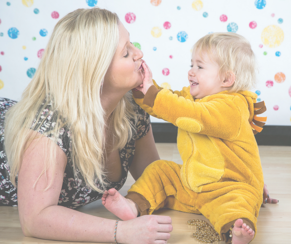 single mother attachment parenting Attachment - babies, young children and their parents attachment is the strong, long lasting bond which develops between a baby and his or her caregiver.
